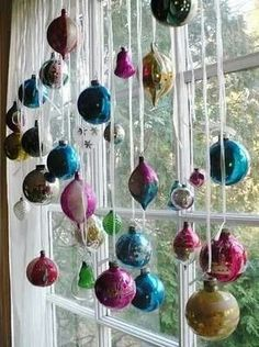 Great way to display Christmas ornaments