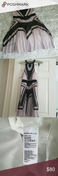 """Karen Millen Pleated Dress - 6 Karen Millen NWT Polyester/Silk Pleated Mauve, Beige with Black accents. Never worn, no tags. I'm 5'2"""" and it sits at the knees. Karen Millen Dresses Midi"""