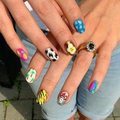 Edgy Nails, Funky Nails, Classy Nails, Stylish Nails, Trendy Nails, Edgy Nail Art, Nail Design Stiletto, Nail Design Glitter, Hippie Nails