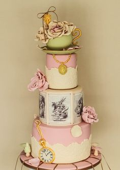 Lots of beautiful Alice in Wonderland inspired cakes here. I wish I had a quarter of the talent needed to design these.