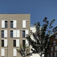 Les architectes parisiens Mathurin Hardel et Cyrille Le Bihan ont livré cette opération de logements à Sartrouville. Réalisée pour Batigère, elle s'inscrit dans le cadre de la rénovation urbaine du quartier des Quatre Chemins.