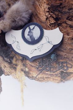 elegant #necklace with forest motif