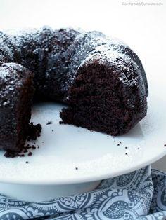 Chocolate-Crazy-Egg-Free-Cake   ComfortablyDomestic.com