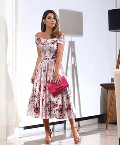 Charming Dinner Outfits Ideas For Mode Outfits, Chic Outfits, Dress Outfits, Pretty Dresses, Beautiful Dresses, Modest Fashion, Fashion Dresses, Floral Fashion, Cocktail Dresses