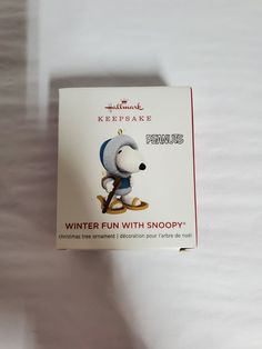 Hallmark snoopy miniature ornament new Snoopy Christmas, Hallmark Christmas, Winter Fun, Christmas Tree Ornaments, Miniatures, Character, Products, Decor, Art