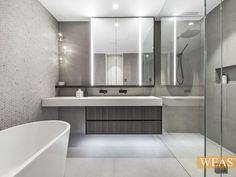 Reno Ideas, Bathroom Lighting, Bathtub, Mirror, Furniture, Home Decor, Bathroom Light Fittings, Standing Bath, Bathroom Vanity Lighting