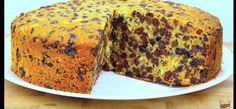 This is such a great fruit cake recipe to make and believe it or not you only need 3 ingredients to make this amazingly moist cake. Easy Cake Recipes, Easy Desserts, 3 Ingredient Fruit Cake Recipe, Sultana Cake, Boiled Fruit Cake, Easy Banana Bread, Irish Recipes, Hungarian Recipes, Vegan Recipes