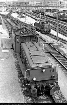 """During their last years, some of the famous Swiss """"Crocodiles"""" were modified for yard shunting services."""