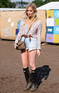 Laura-Whitmore-knee-highs-wellies-Coachella-2016