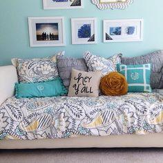 hey y'all // super cute teen bedroom