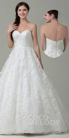 $390. A line Zipper With Button #WeddingDress. #cocomelody