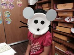 Mouse paper plate mask- July 16 Stories & Crafts.  Brought to you by the Kids Library at www.tscpl.org/parents