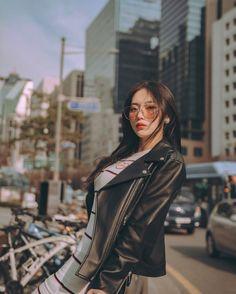 Ulzzang Fashion, Asian Fashion, Estilo Beatnik, Bora Lim, Korean Girl Photo, Best Photo Poses, Ulzzang Korean Girl, Uzzlang Girl, Cute Girl Face