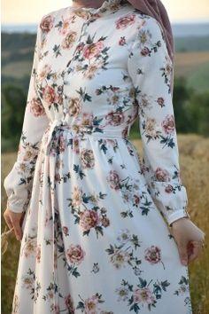 Muslim Wedding Dresses, Dress Wedding, Wedding Dressses, Wedding Bride, Abaya Fashion, Fashion Dresses, Moslem Fashion, Hijab Style Dress, Hijab Fashion Inspiration