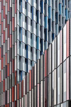 KfW Bank, Frankfurt  Sauerbruch Hutton Architects