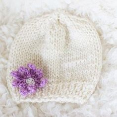 baby hat -free knitting pattern - 3 to 6 months old
