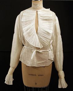 Blouse  Date: 1900–1910 Culture: American or European Medium: cotton, linen