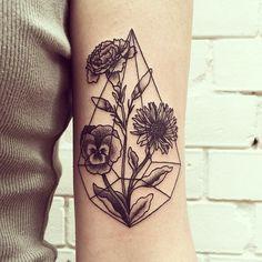 Tanya de Souza-Meally flowers for franzi Aster Tattoo, Pansy Tattoo, Carnation Tattoo, Love Tattoos, Tattoo You, Beautiful Tattoos, New Tattoos, Tatoos, Floral Tattoos