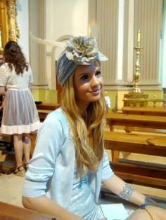 Tocados headpieces on pinterest sombreros hats and for Turbante boda