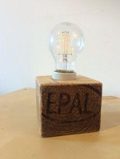 Lámpara cubo de madera de palet reciclado por EcoNaturaBio en Etsy