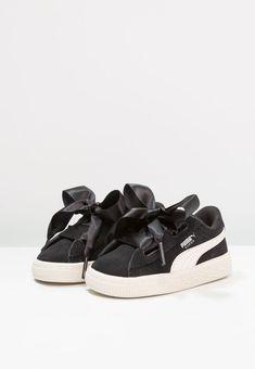 Schoenen Puma SUEDE HEART JEWEL V INF - Sneakers laag - black/whisper white  Zwart