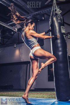 BEAUTIFUL and she LIFTS!!! What else can you ask for ;)