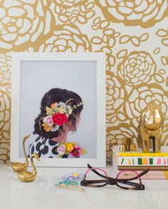 Customized Photo Frame with Flowers #DIY @ohjoy