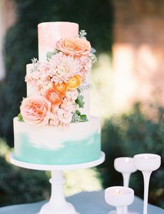 Bolos de casamento com novos designs, cores e pinturas
