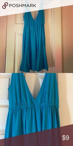 Double V neck flowy dress 👗 Never worn! V neck in front and back. feathers Dresses Midi
