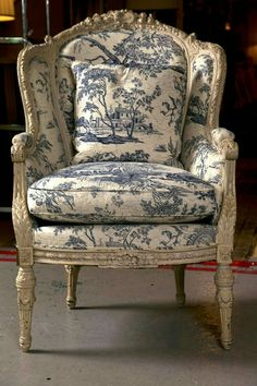 97 Best French Country Chairs Images In 2018 Armchairs