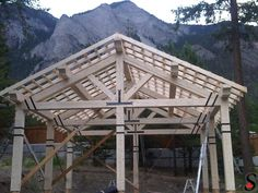 http://www.sitkaloghomes.com/Other Log and Timber Projects Gallery/images/timber-carport.jpg