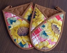 View album on Yandex. Small Sewing Projects, Sewing Hacks, Sewing Tutorials, Sewing Crafts, Potholder Patterns, Quilt Patterns, Sewing Patterns, Quilted Potholders, Cat Quilt