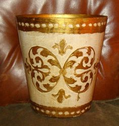 Vintage Italian Florentine Ivory Gold Gilt Toleware Waste Basket Trash Can TOLE #HollywoodRegency