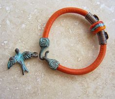 Art Jewelry Elements: Simple Leather Bracelet Tutorial