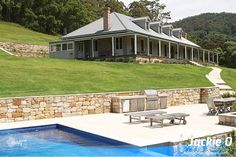 Jackie O's Farm House In The Kangaroo Valley. minus the loft rooms?