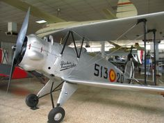 Bücker  133 Jungmaister   ===>  https://de.pinterest.com/pin/296745062929785672/