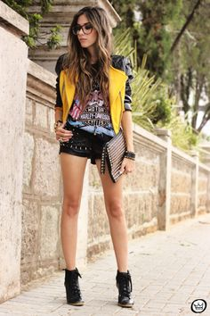FashionCoolture - 02/04/2013 look du jour Choies jacket mustard riveted clutch romwe rock t-shirts (1)