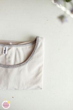 Kuinka huolitella pääntie kaksoisneulalla – Käsityökekkerit Gym Shorts Womens, Fashion, Moda, Fashion Styles, Fashion Illustrations