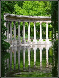 Parc Monceau by MarcelGermain, via Flickr