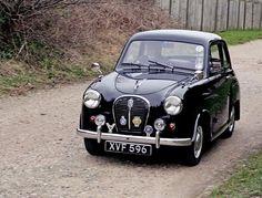 Best classic cars and more! Mode Vintage, Vintage Cars, Antique Cars, Minis, Austin Cars, Classic Cars British, Automobile, Veteran Car, Classic Motors