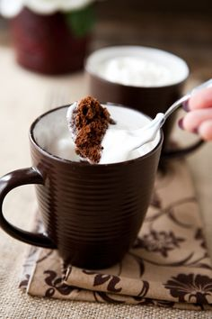 100 Calorie 2 minute chocolate mug cake mmm there's a thought...