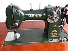 RARE VINTAGE BERNINA 117L SEWING MACHINE WITH  ORIGINAL ATTACHMENTS/SEWING ITEMS