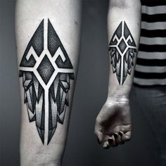 125 Top Rated Geometric Tattoo Designs This Year - Wild Tattoo Art