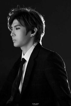Leo black is love Young Prince, My Prince, Btob, Shinee, Most Beautiful Man, Beautiful Pictures, Vixx Members, Lee Jaehwan, Ravi Vixx