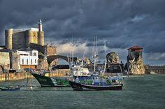 Un día de tormenta - Castro Urdiales, @Turismo en España - Tourism in Spain #Cantabria @Visita Cantabria