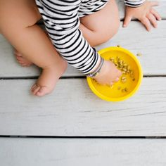 It's dinnertime! Find out when your baby is ready for solid foods, plus the best ways to introduce solids
