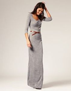 I have a dress like this, love it with the belt. Just don't know if my curves could pull it off.