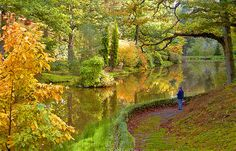 Leonardslee Gardens, UK, in Autumn