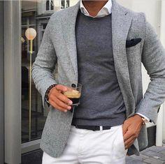 Mens Fashion Smart – The World of Mens Fashion Fashion Mode, Fashion Outfits, Street Fashion, Fashion Advice, Fashion Quiz, Fashion Basics, Fashion Socks, Fashion Essentials, Fashion Trends