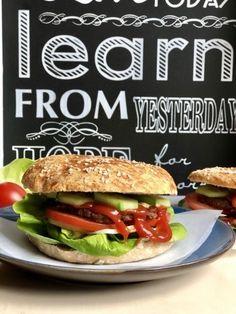 Hamburger zsemle 5db Hot Dog, Hamburger, Chicken, Ethnic Recipes, Free, Blog, Blogging, Burgers, Chili Dogs